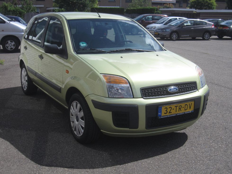 Ford Fusion 1.4-16 V Champion 6